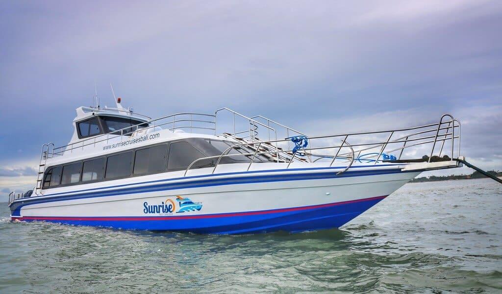 boat transfer between sanur to lembongan sunrise fast cruise